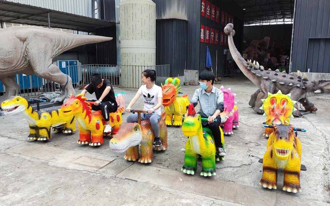 Children's favorite electric dinosaur car